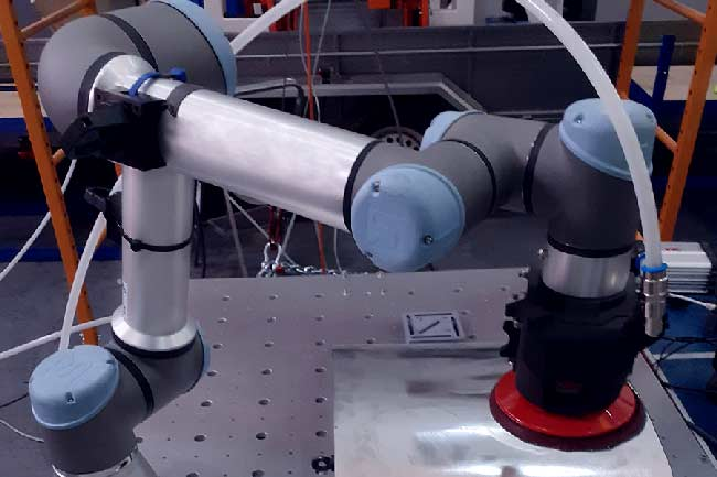 Adaptative Robotics Algorithms for Sanding